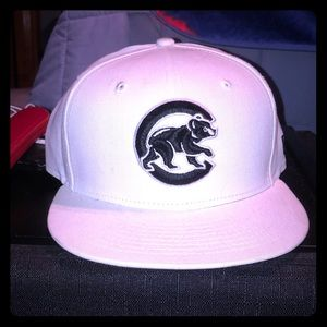 White New Era Chicago Cubs Fitted Size 7 1/4